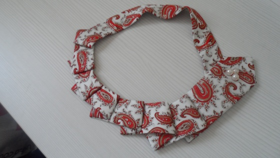 collar corbata